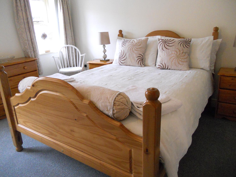 FlamboroughRock Cottages, double bedroom